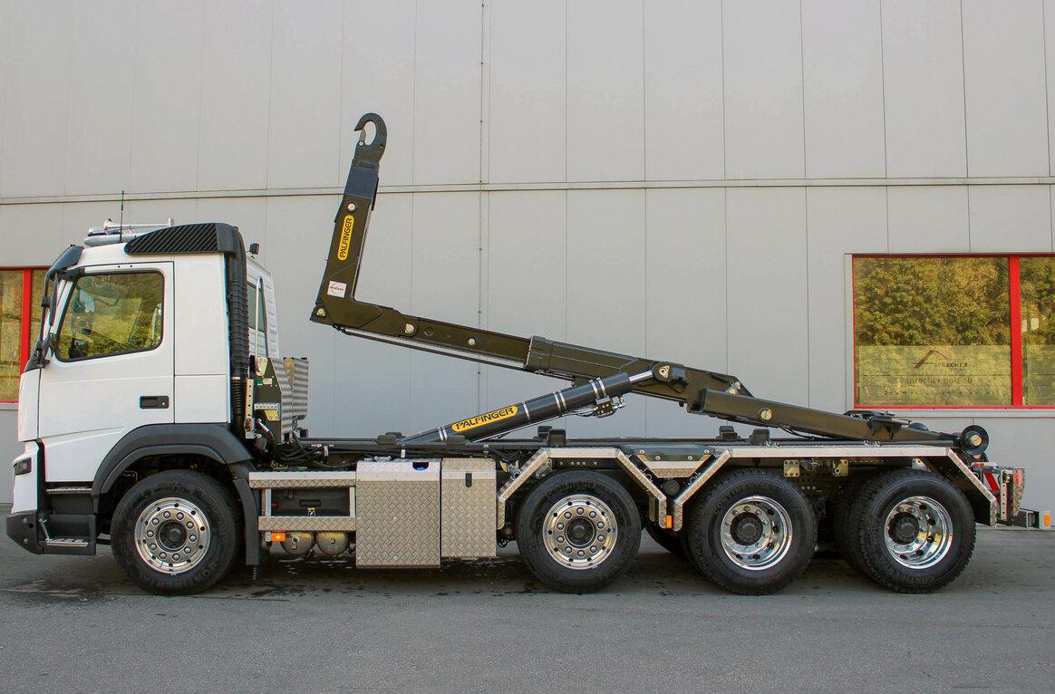 Logbau AG, CH-7304 Maienfeld