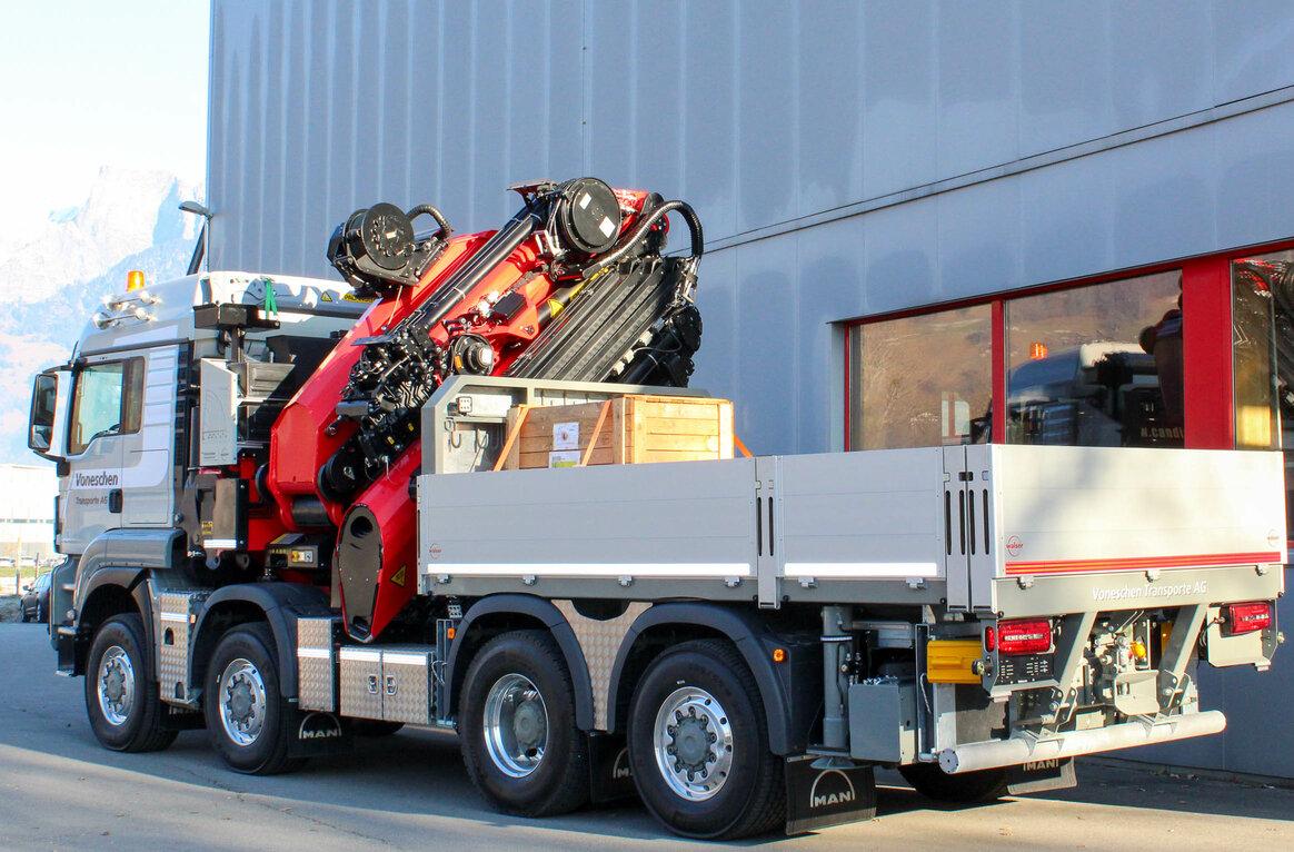 Voneschen Transporte AG, CH-7415 Rodels